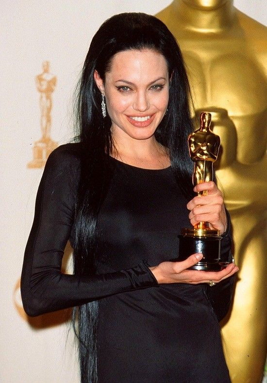 Mar 26, 2000; LOS ANGELES, CA, USA; NORTH AMERICAN SALES ONLY 72nd Academy Awards: OSCARS 2000. Best supporting actress ANGELINA JOLIE. Mandatory Credit: Photo by Chris Delmas/ZUMA Press. (©) Copyright 2000 by Chris Delmas