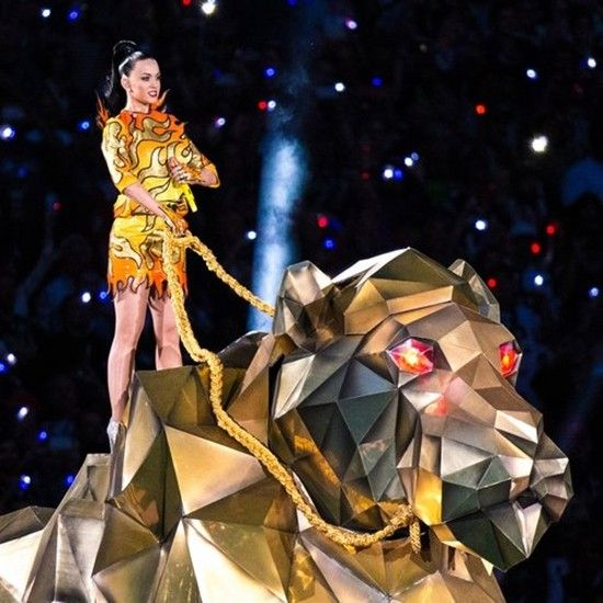 katy-perry-2015-super-bowl-xlix-halftime-show-1422858485-custom-0